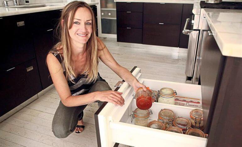Bea Johnson zero-waste food jars kitchen