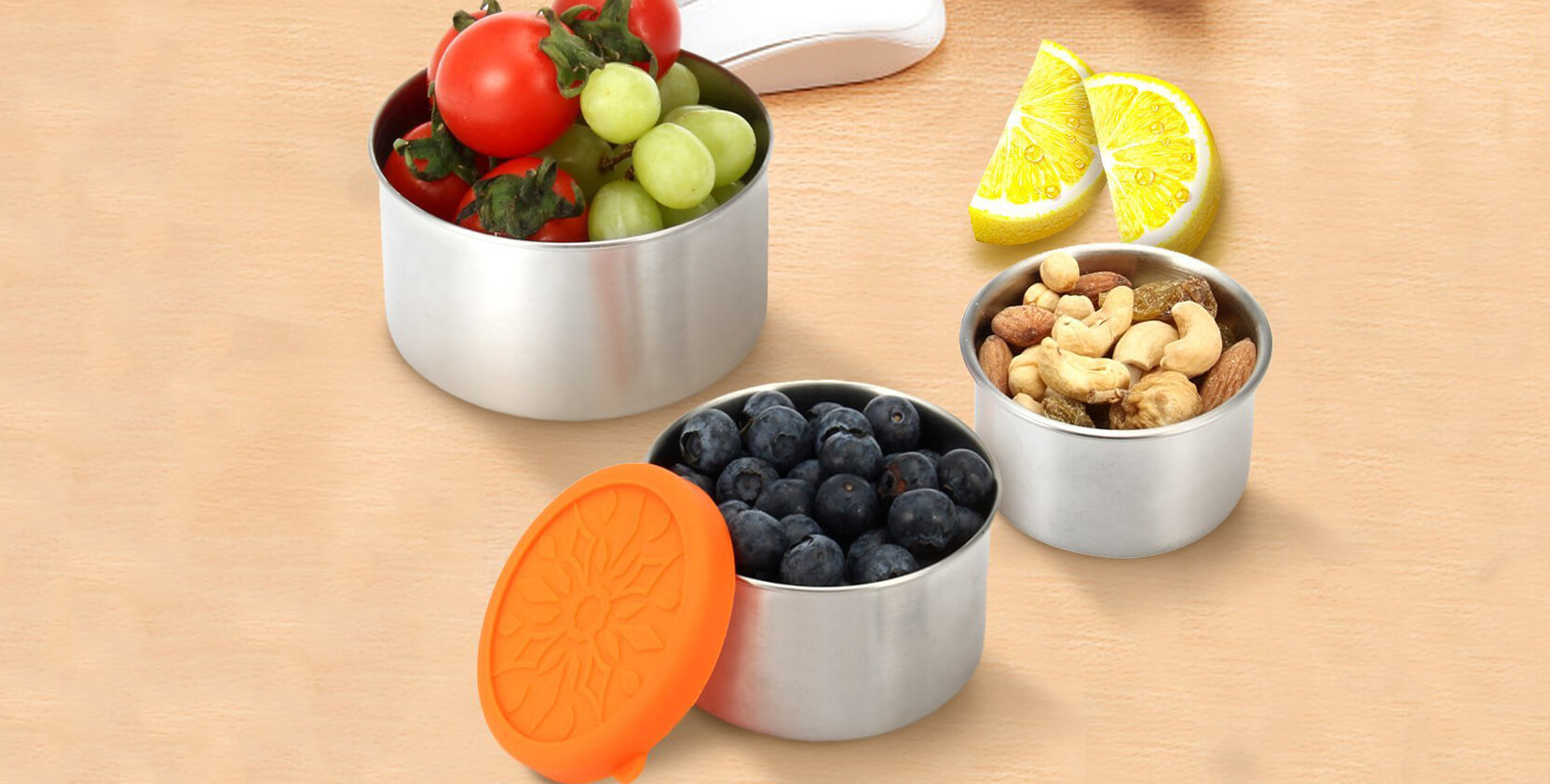 Stackable Food Containers, by Janolia