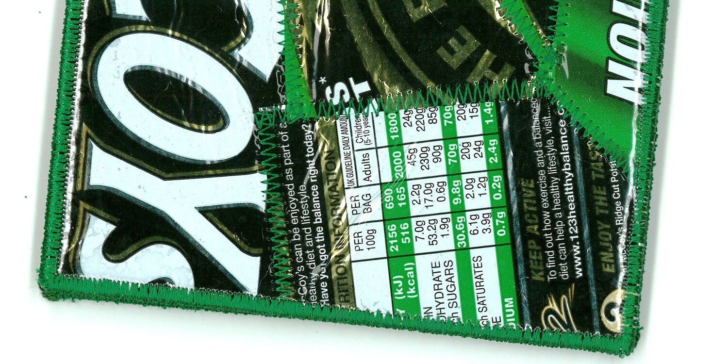green-wallet-recycled-crisp-packet