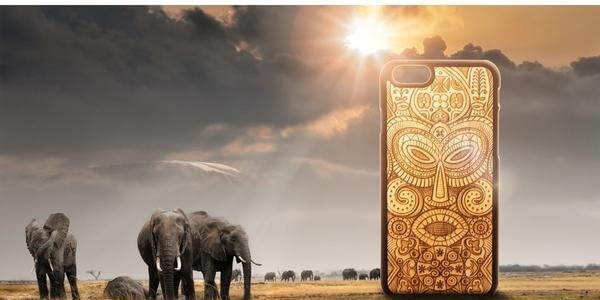 carved-wood-phone-case-tribal