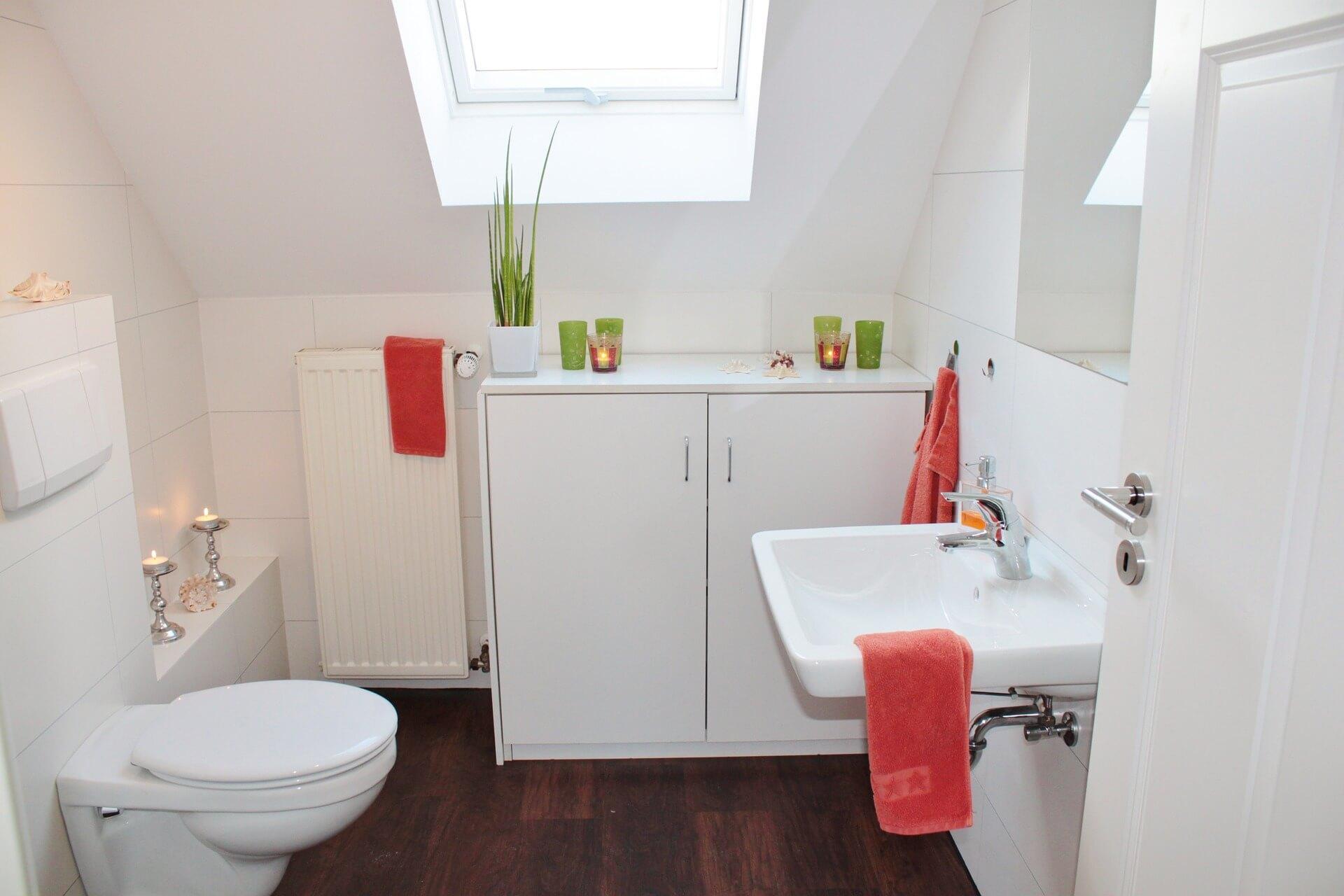 spotless-bathroom