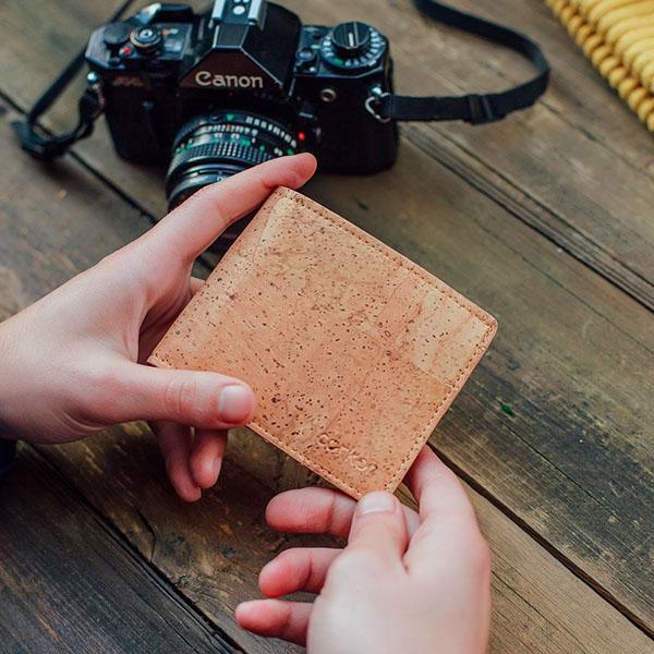 corkor-vegan-cork-wallet