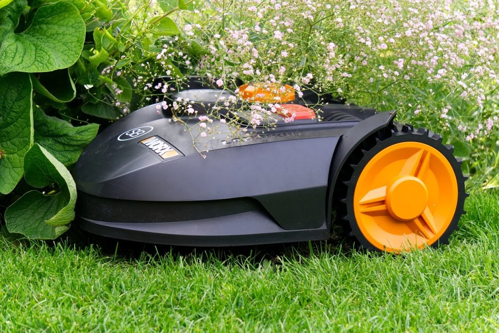 electric-lawn-mowers-uk
