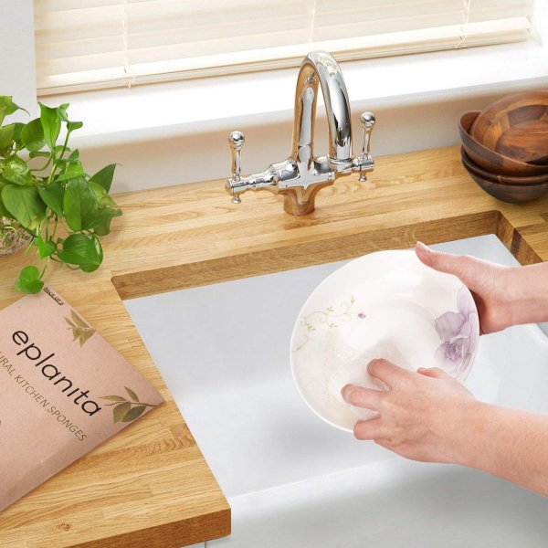 Natural-dishwashing-sponge